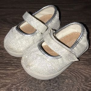 Baby Toms size 4 glitter silver Mary Jane